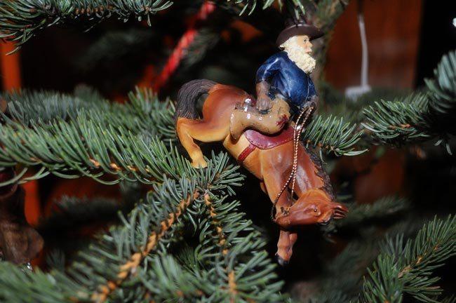 Bucking-Horse-Santa