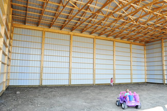 Black Diamond Rona, hay shed