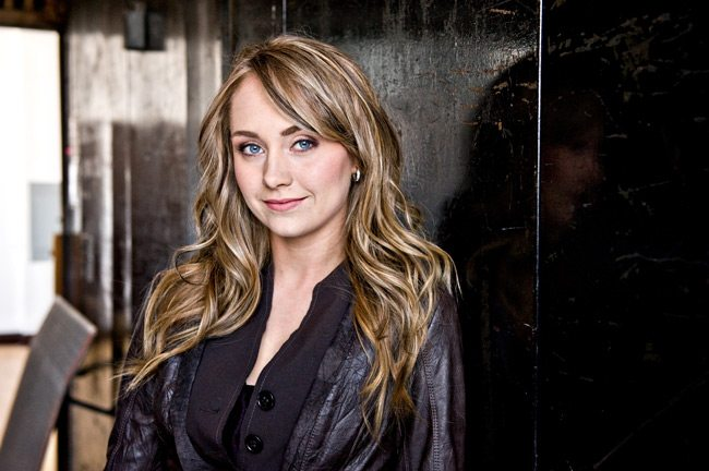 Win Dinner With Amber Marshall